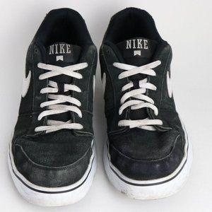 Nike Ruckus 395770-003 Suede Low Men's Sneaker